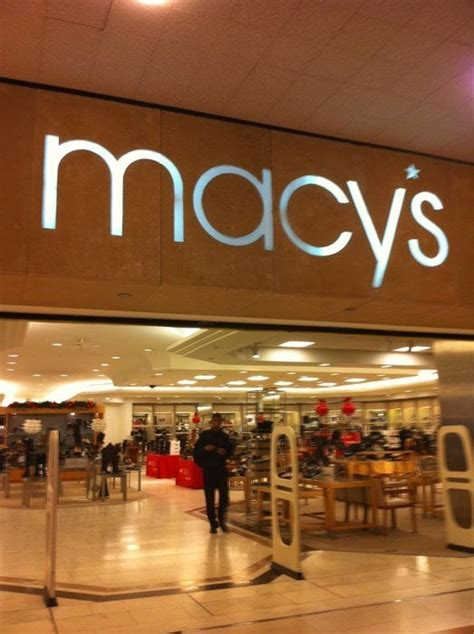 Macy S Furniture Houston by Macy S Closed Department Stores Houston Tx Yelp