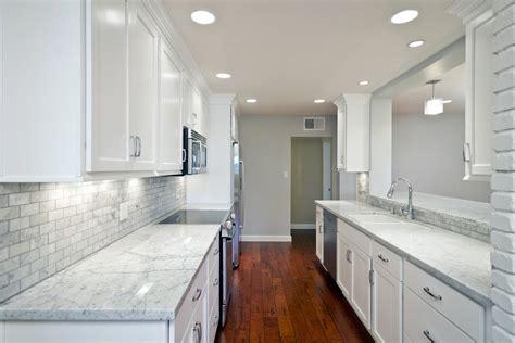 Kitchen & Dining. Backsplash Ideas For White Themed