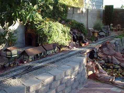 G Scale Garden Railway Layouts Best 25 Garden Railroad Ideas On Pinterest