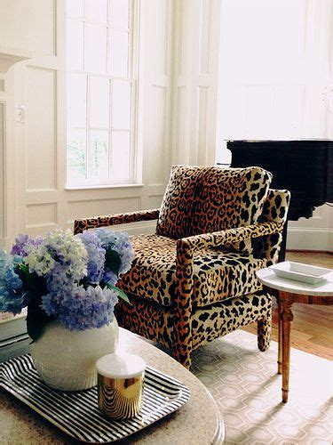 Leopard Chairs Living Room Leopards Chairs And Leopard Prints On