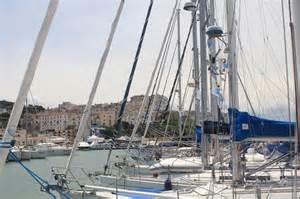 rodi garganico porto 30 176 appuntamento in adriatico approda nel porto turistico