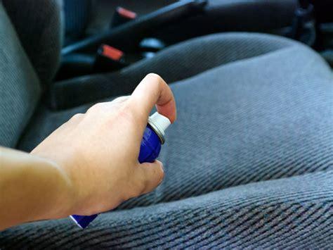 prodotti per pulire tappezzeria auto pulizia tappezzeria auto consigli trucchi prevenzione