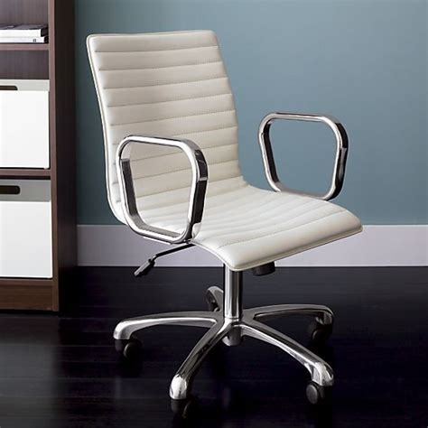 office furniture and seating best 25 leather office chairs ideas on office