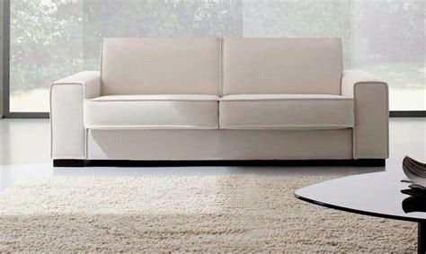 divani e divani brio prezzo divano fabbri salotti brio scontato 35 divani a