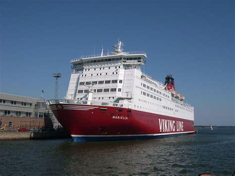 ship car by boat file ferry boat ship helsinki jpg