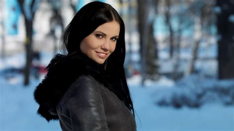 women with dark hair pics women snow brown eyes black hair wallpapers