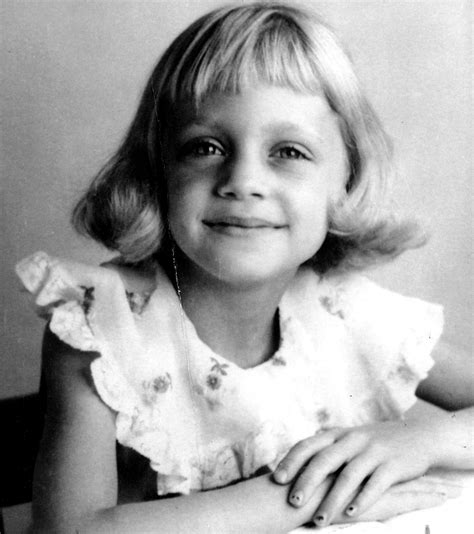 goldie hawn now photos goldie hawn s life in pictures people