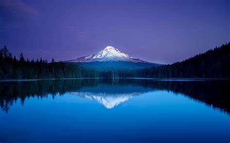 blue mountain lake reflection forest oregon