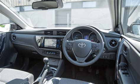 toyota auris interior feel touch and hear the quality in the new toyota auris
