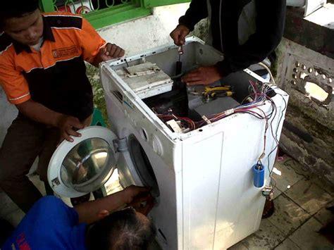 Mesin Cuci National jasa service mesin cuci kulkas dan service ac di jombang