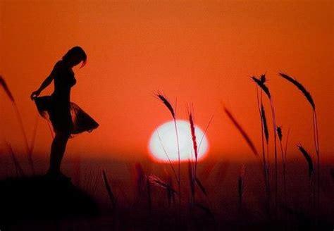 imagenes variadas de todo 夕阳下的背影图片 你是否也喜欢这种感觉 唯美图片 qq个性网