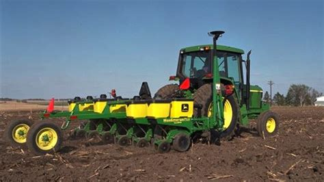 Planting Equipment 1705 Integral Planter John Deere Us Deere Planters