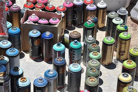 what of spray paint to use for graffiti graffiti artists used hundreds of cans of spray paint at