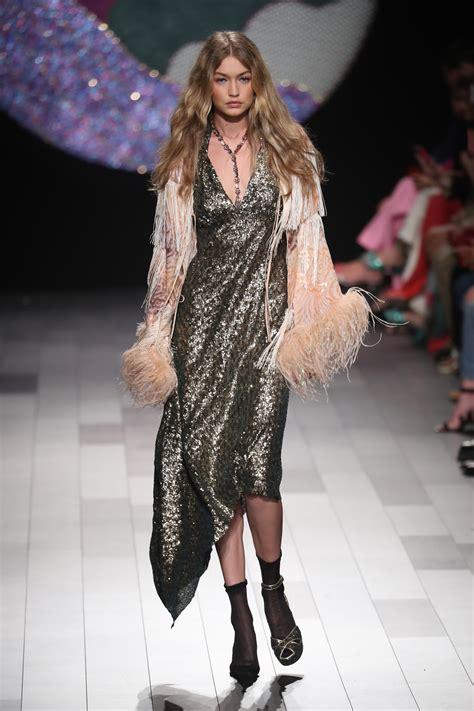 runway model wardrobe malfunction gigi hadid s wardrobe malfunction 9style