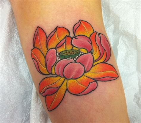 lotus flower meaning tattoo best 25 lotus flower tattoos ideas on lotus