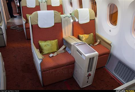 air india business class seats images boeing 787 air india business class images