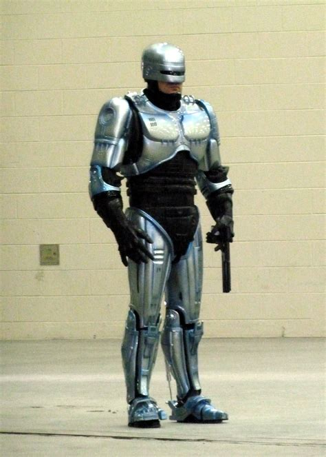 robocop franchise wikipedia police robert mitchell jr