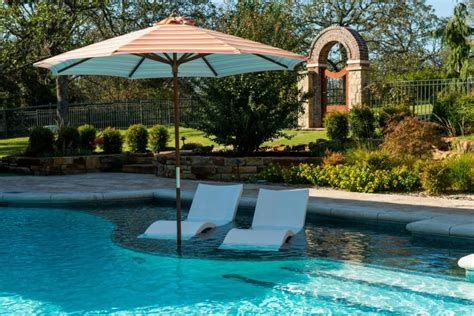 Lounge Chairs In Pool Design Ideas Pool Trends Of 2015 Continued Pools By Design Osborne Park