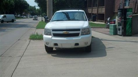 buy used chevy suburban 2500 4x4 9 passenger in sioux
