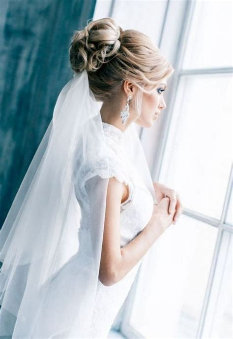 Wedding Hair Veil Pictures by Wedding Hairstyles With Veil