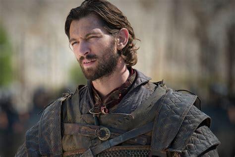 actor daario naharis game of thrones michiel huisman is certainly better eye candy than daario