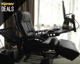 Best Gaming Desk Chair What S The Best Gaming Chair For Your Desk