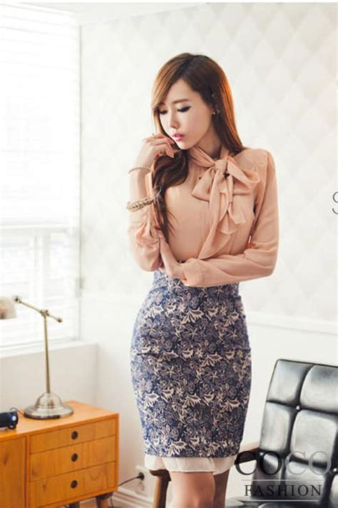 pink sleeves ellegant office blouse with self tie