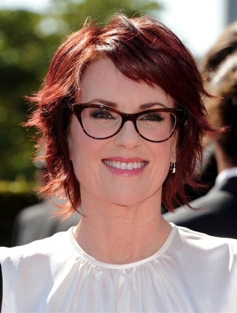 short razor cut hairstyles for women over 50 megan mullally layered short red haircut hairstyles weekly