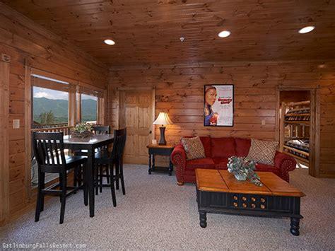 9 bedroom cabin gatlinburg gatlinburg cabin mountaintop mansion 9 bedroom sleeps 32