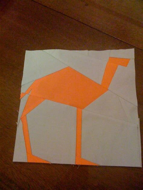 How To Make A Camel Out Of Paper - quiltquest fbp week 8 paper pieced camel