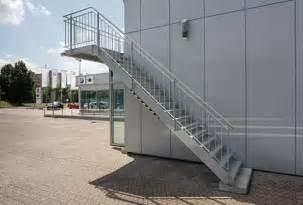 au engel nder treppe stahltreppe au 223 en mit gel 228 nder und balkon pictures to pin