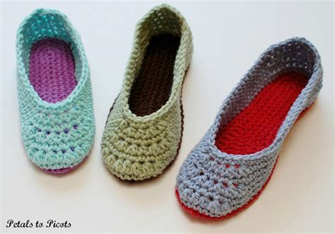 how to crochet womens slippers slippers s sizes 4 11 by petals to picot