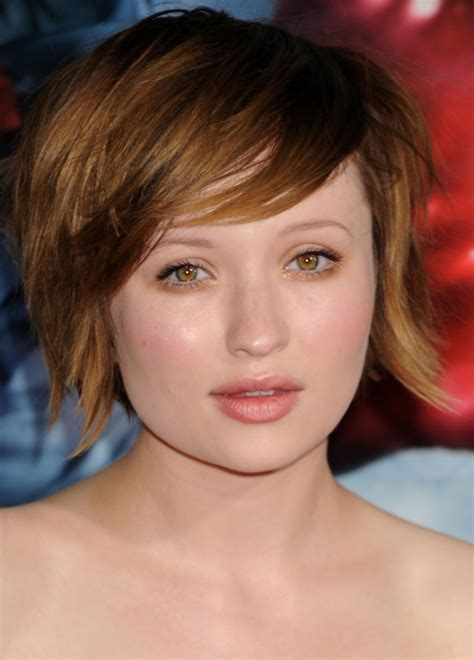 emily browning short shaggy bob hairstyle 35 striking celebrity short hairstyles slodive