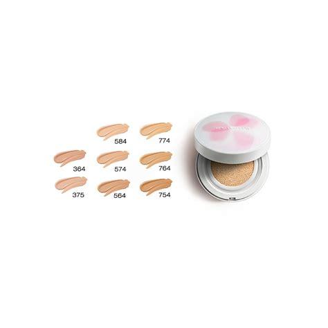 Petal Skin Foundation 754 shu uemura petal skin fluid foundation medium beige 754