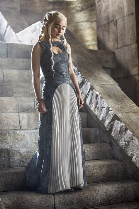 emilia clarke game of thrones game of thrones the winds of winter not publishing in