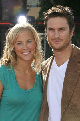 oliver hudson y su esposa the gallery for gt oliver hudson and erinn bartlett wedding