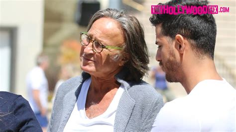 mohammed and sheva mohamed hadid anwar hadid shiva safai spotted in