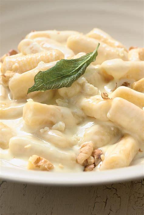 Link Sweet Potato Gnocchi With Gorgonzola by Potato Gnocchi With Gorgonzola Sauce Recipe King