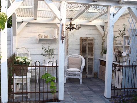 back porch ideas casual cottage small veranda love it so much vita huset brocante