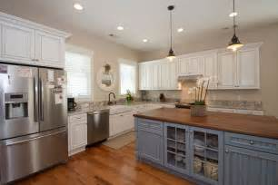 country kitchens with white cabinets 26 farmhouse kitchen ideas decor design pictures