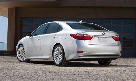 lexus luxury sedan lexus es australian return confirmed for mid size luxury