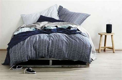 Linen Ruby Bulu Feather 1 aura bedding puts one s rooms on the map