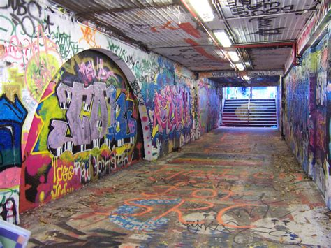 graffiti wallpaper sydney graffiti tunnel by wyldcat on deviantart