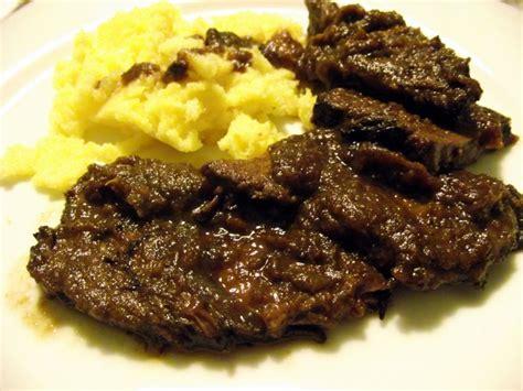 cucinare brasato ricetta brasato al vino ricette di buttalapasta