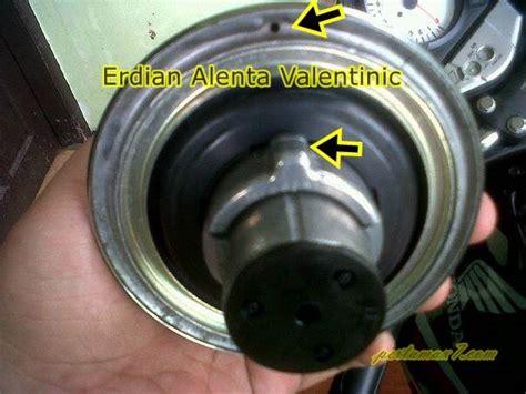 Tutup Tangki Bensin Honda Glpro Glmax tutup tangki honda cb150r lubang depan diganti lubang