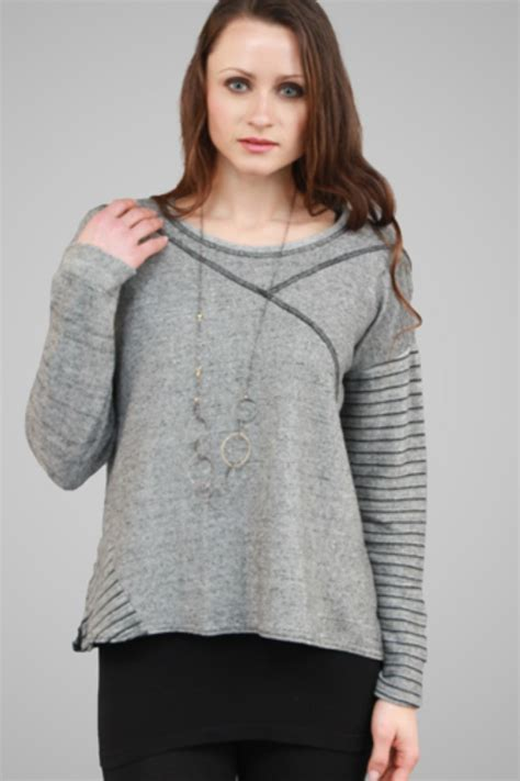 Sweater Crop United Ta5641 g9c united knitwear crop sweater from cambria by new moon shoptiques