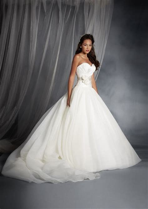 White Rock Wedding Dresses by Disney Wedding Dresses 2015 By Alfred Angelo Style 205