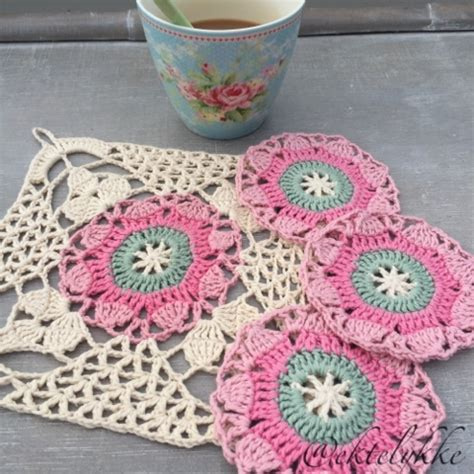 rustic lace square  crochet pattern