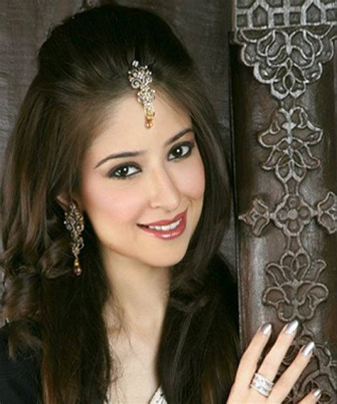 hairstyle for long face in pakistan wedding party hairstyles for long hair happy party idea