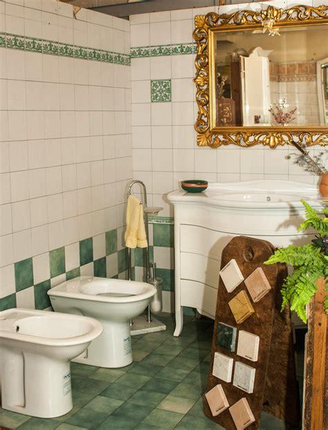 bagni ceramica etrusco ceramiche prodotti in ceramica vendita camini e